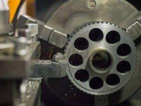Frezowanie elementów pompy